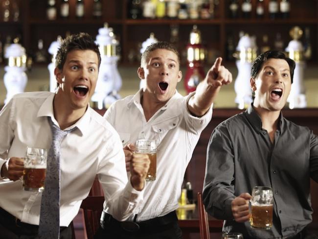 обсуждение расрутки счёта в спорт баре